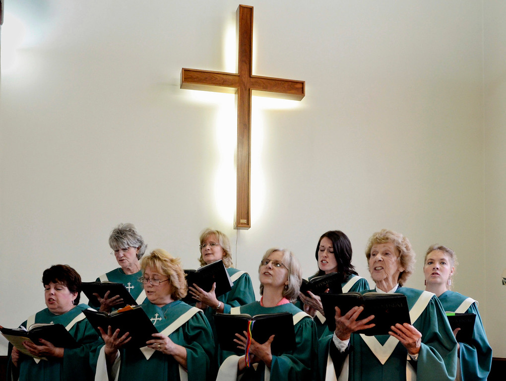 . Mike McMahon - The Record, The Melrose United Methodist Church Choir performs at the Church\'s 160th Anniversary, September 29, 2013.
